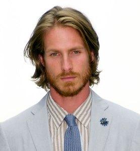 mens-shoulder-length-straight-hair